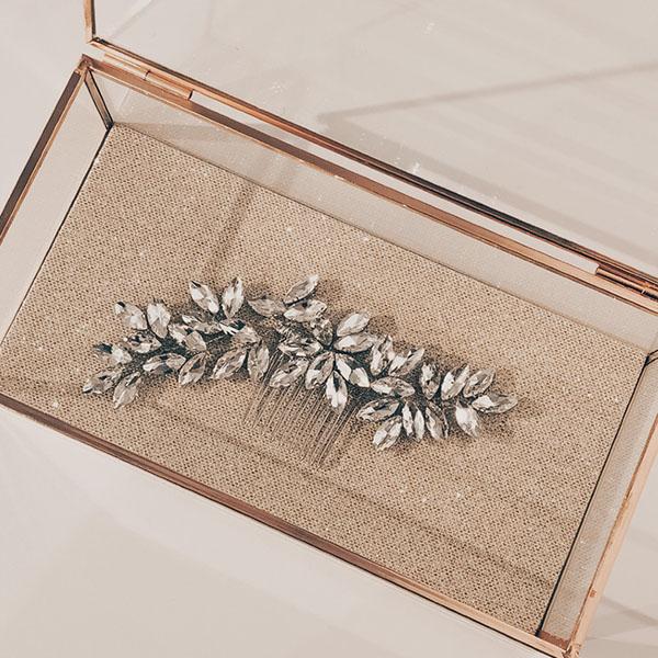Pärla Hair Accessory Rental - Crystal Wire Leaf Hair Comb